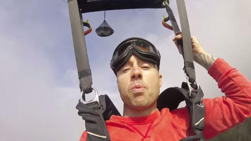 Canada: un rappeur meurt en tombant de l'aile d'un avion en plein vol lors du tournage de son clip