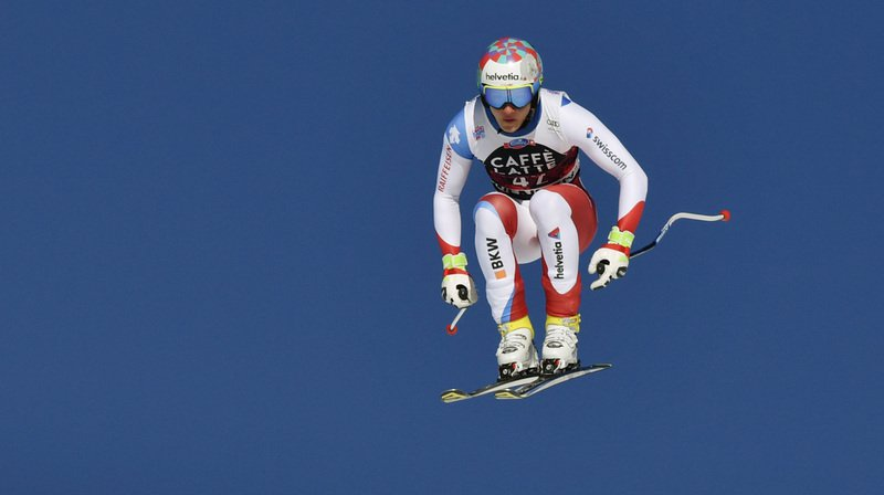 Un jeune espoir du ski suisse se tue en parapente