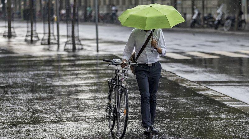 Météo: après la neige, de fortes pluies s'abattent par endroits en Suisse