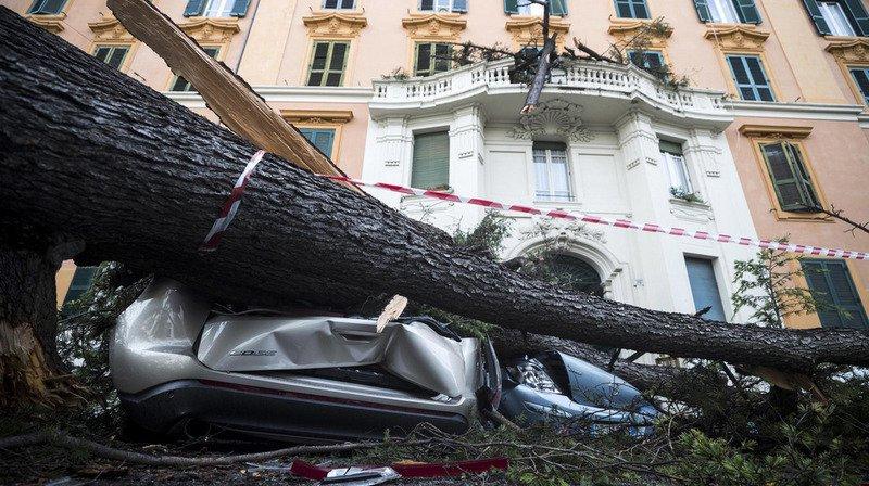 Intempéries: 11 morts en Italie, la Corse frappée par une tempête exceptionnelle