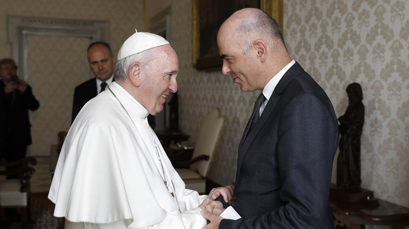 Vatican: Alain Berset a rencontré le pape François avant de rendre visite à la Garde suisse