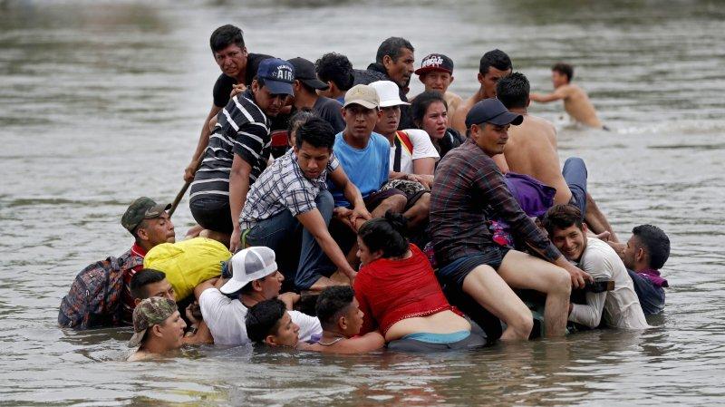 La caravane de migrants fait route vers les Etats-Unis
