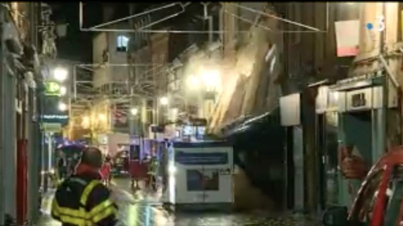 France: un immeuble s'effondre à Charleville-Mézières