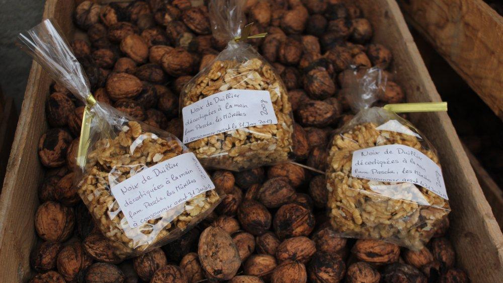 Dans la région, il est possible de trouver des noix en vrac ou en cerneaux.