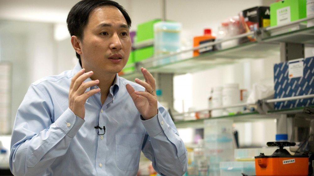 La Chine enquête sur son scientifique