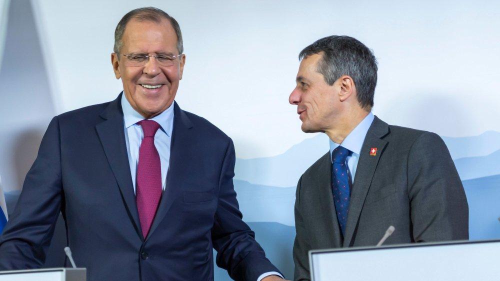 Le ministre russe des Affaires étrangères, Sergueï Lavrov (à gauche), et son homologue suisse, Ignazio Cassis, se sont rencontrés, hier.