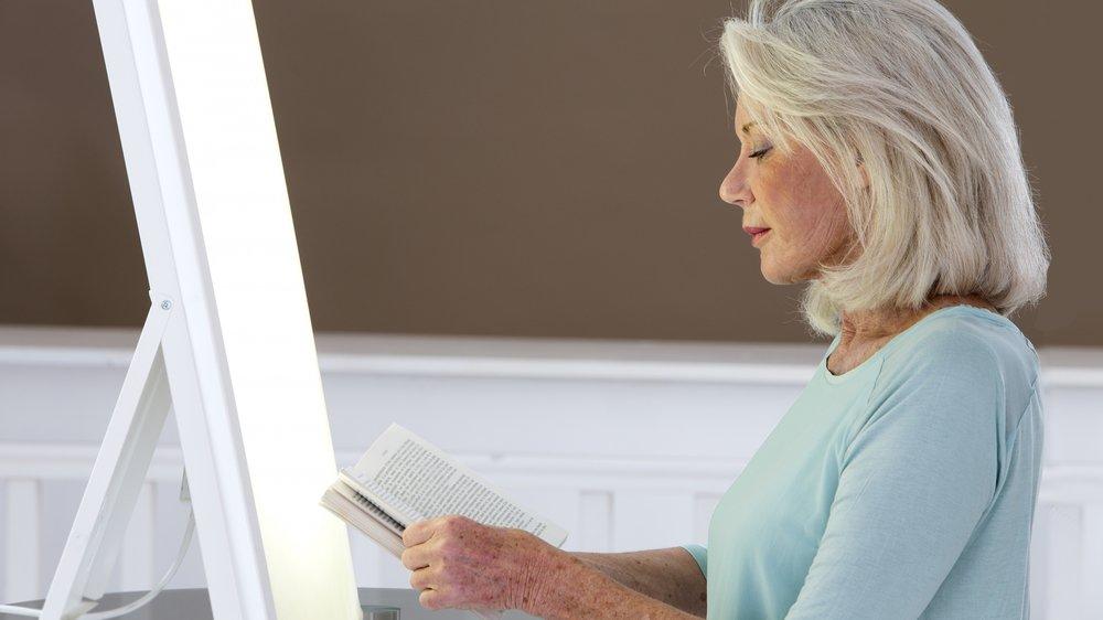Une cure de luminothérapie peut s'avérer un bon remède contre la saison grise.