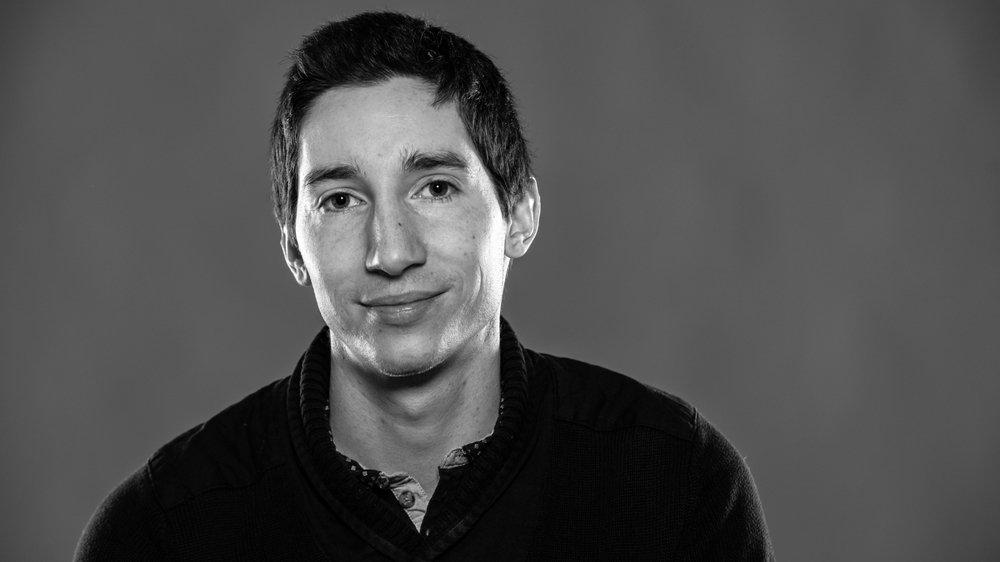"""Fabien Feissli a écrit des articles sur les nouvelles technologies dans le quotidien """"Le Matin"""" avant de se lancer dans une trilogie de fiction."""