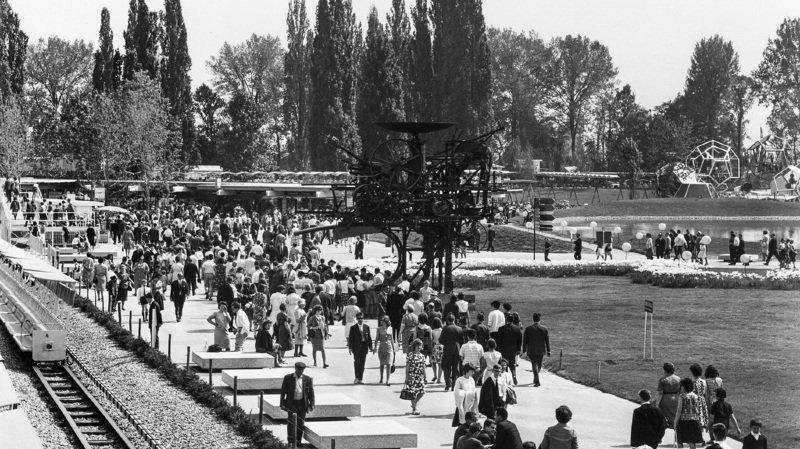 L'Expo 64, qui a attiré près de 12 millions de visiteurs, a été le symbole d'une Suisse en ébullition.