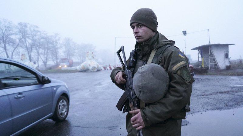 La loi martiale est promulguée pour les 30 jours à venir dans les régions frontalières entre l'Ukraine et la Russie.