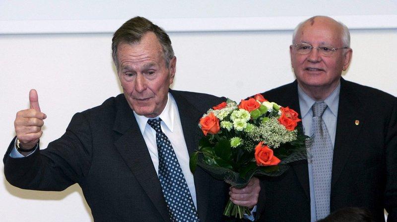 Les dirigeants de la planète rendent hommage à George H. W. Bush