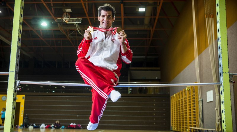 Le Morgien Stéphane Détraz est champion suisse à la barre fixe