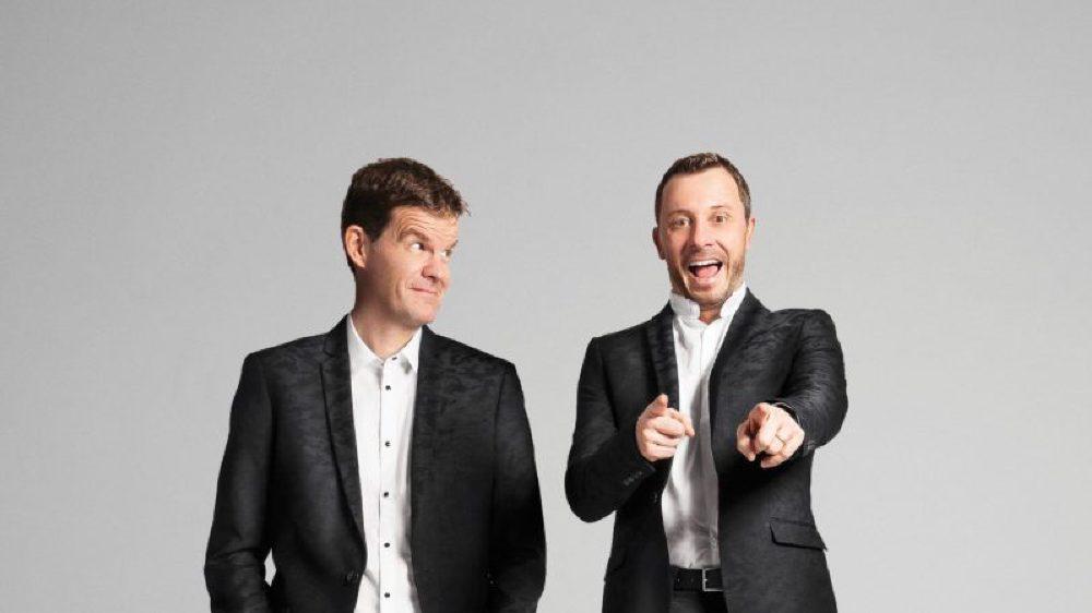 """Yann Lambiel et Marc Donnet-Monay font équipe dans leur spectacle humoristique """"Nous""""."""