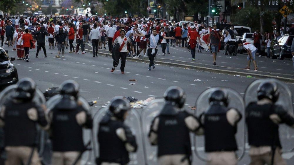 Les fans de River Plate et Boca Junior s'étaient violemment affrontés avant le match retour de la Copa Libertadores.