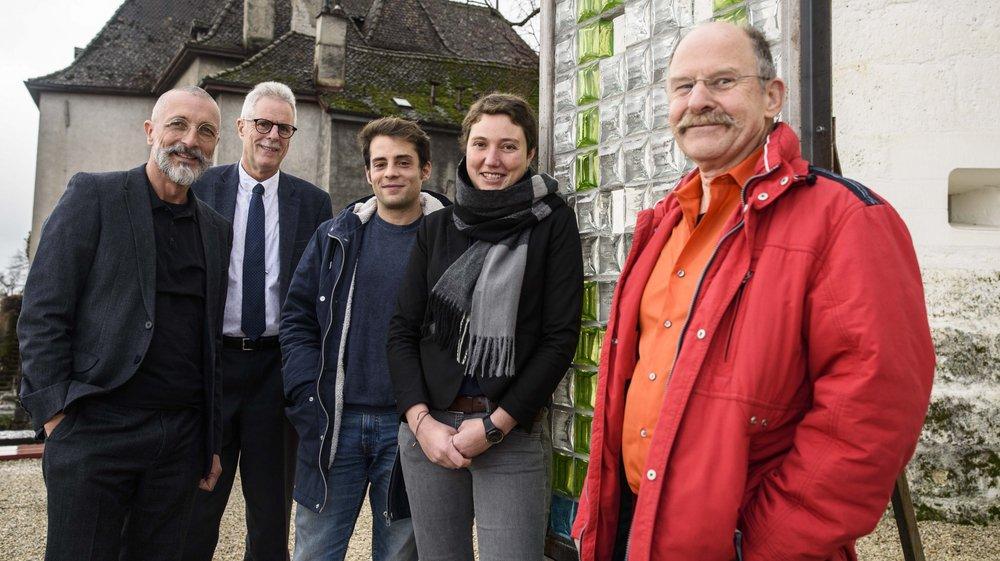 De gauche à droite: Pierre Wahlen des Verts, Pierre Girard des Indépendants, les socialistes Alexandre Démétriadès et Chloé Besse et Jacky Colomb des Indépendants.