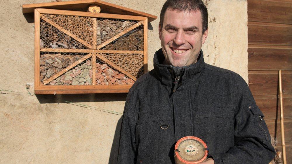 Alexandre Mestral produit de la compote de raves au domaine du Pontet, son exploitation agricole à Gingins.