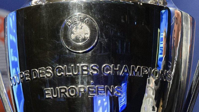 Qui soulèvera le célèbre trophée au printemps prochain?