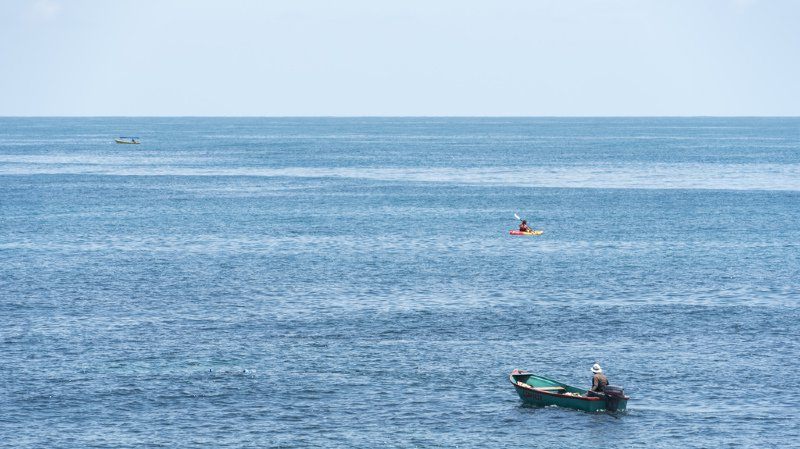 Sauvetage de deux pêcheurs entre les Îles Caïman et la Jamaïque vendredi soir par l'Empress of the Seas.