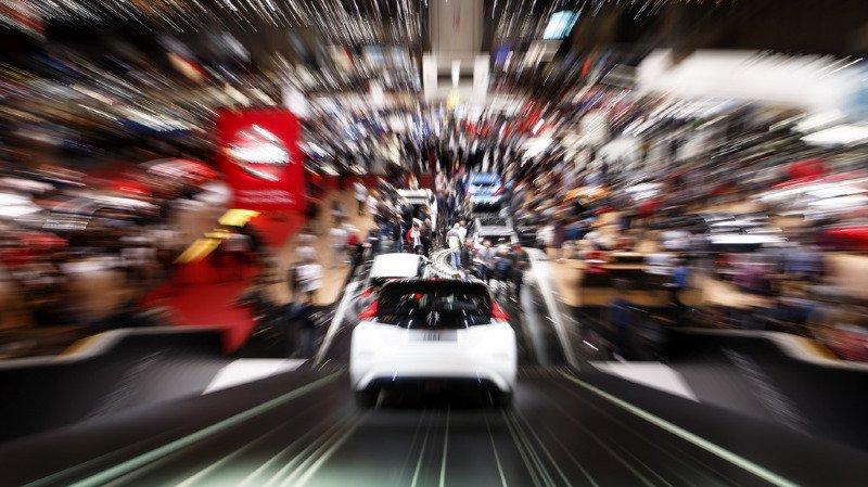 Si la mesure entre en vigueur, le prix des voitures devrait baisser en Suisse dès 2022 (illustration).