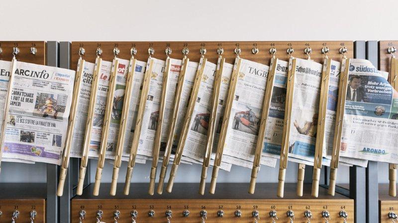 Les jeux des chaises musicales et de pouvoir au Conseil fédéral figurent en bonne place dans la presse dominicale suisse. (illustration)