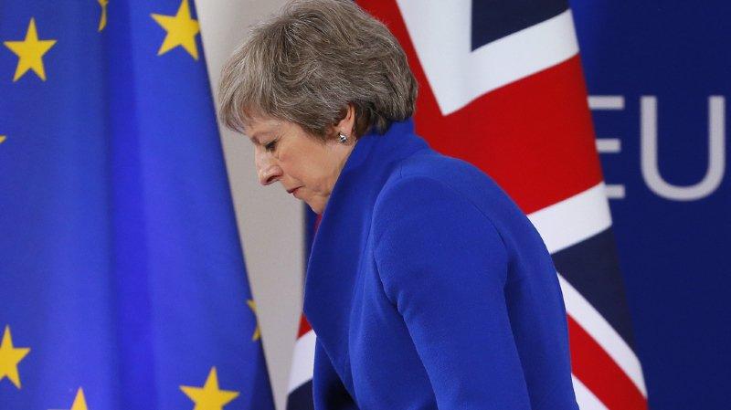 Brexit: le vote sur la sortie du Royaume-Uni de l'Union européenne est reporté