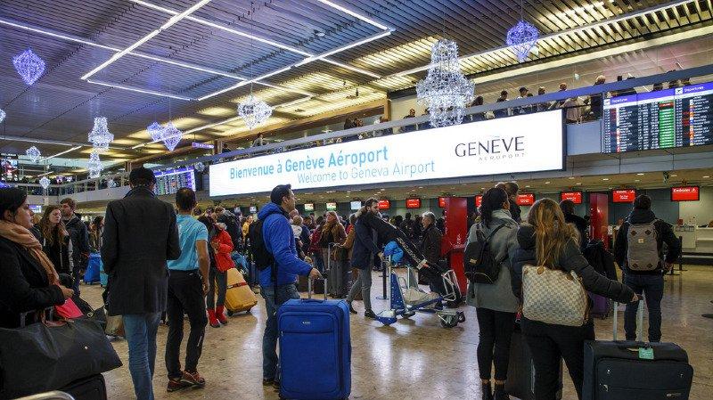 135'000 personnes ont fréquenté l'aéroport de Genève durant ce weekend, l'un des plus chargés de l'année.