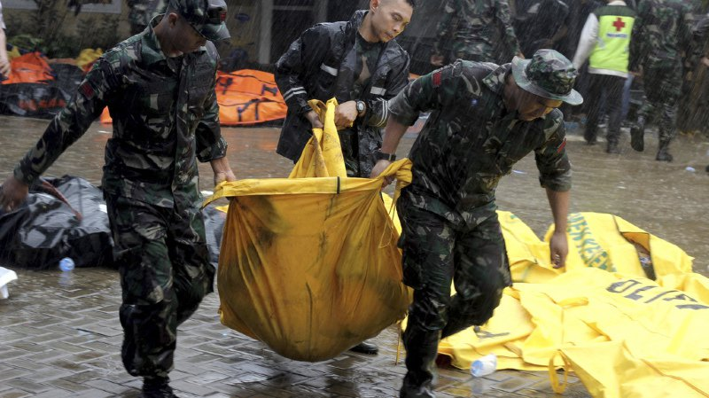 Le tsunami de samedi est le troisième à frapper l'Indonésie en six mois, et tous étaient d'origines différentes.