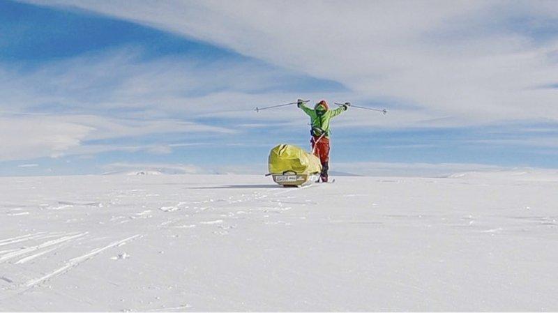 """En 2016, Colin O' Brady avait escaladé les sommets les plus élevés des sept continents en 132 jours, ce qui a fait de lui le plus rapide """"grimpeur des sept sommets""""."""