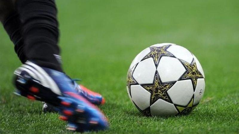 """France - Football: la moitié des matchs de Ligue 1 reportés à cause des """"gilets jaunes"""""""