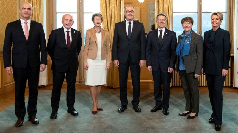Conseil fédéral: l'armée pour Amherd, la justice et la police pour Keller-Sutter, Sommaruga au DETEC et Parmelin à l'économie