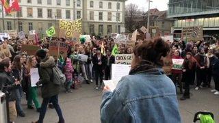 Berne: plus d'un millier de jeunes rassemblés pour le climat