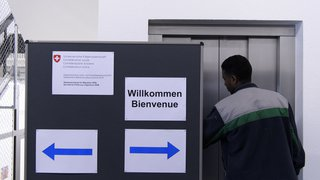 Asile: les réfugiés qui séjournent dans leur pays risquent de perdre l'asile en Suisse