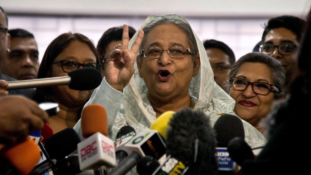 Bangladesh : la Première ministre Hasina remporte les législatives sur fond de violences