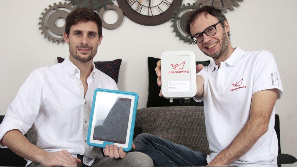 À Nyon, Marc Stern (à gauche) et Julien Pilet présentent fièrement leur produit.