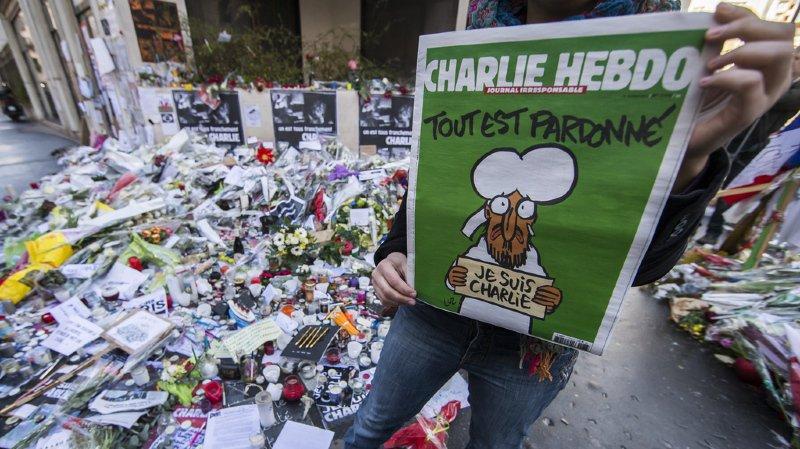La Une qui commémore les quatre ans de l'attentat reprend celle de la semaine qui a suivi l'attaque en 2015.