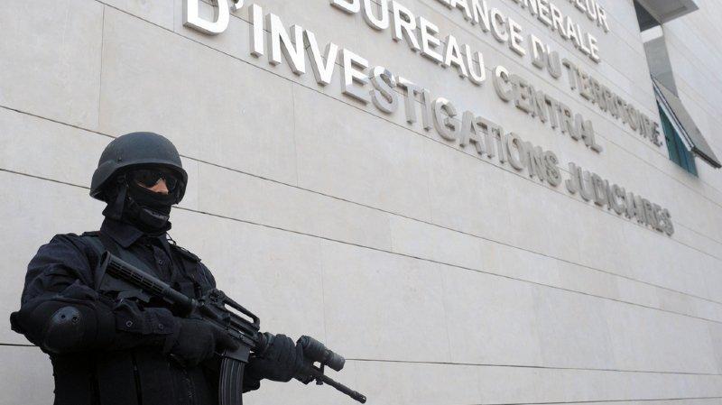 Les quatre principaux suspects appartenaient à une cellule inspirée par l'idéologie du groupe Etat islamique (EI), selon le Bureau central d'investigations judiciaires.