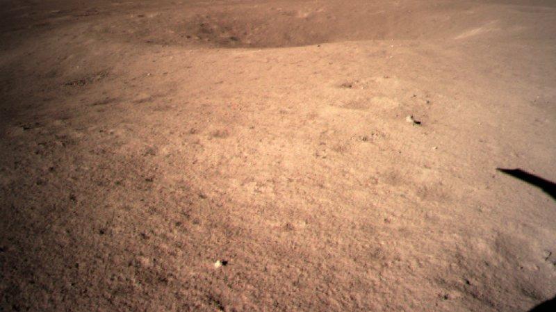 Espace: la Chine a posé un module sur la face cachée de la Lune, une première dans l'histoire