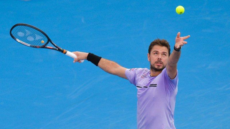 Stan Wawrinka en action durant son match perdu en deux sets contre l'Espagnol Roberto Bautista Agut au tournoi de Doha.