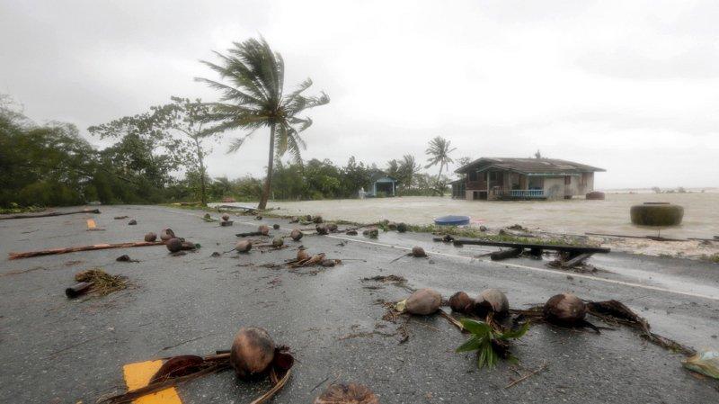 Thaïlande: des centaines de touristes bloqués à cause de la tempête Pabuk