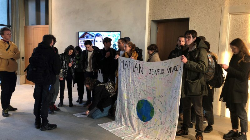 Grève du climat: les gymnasiens à l'assaut du Grand Conseil