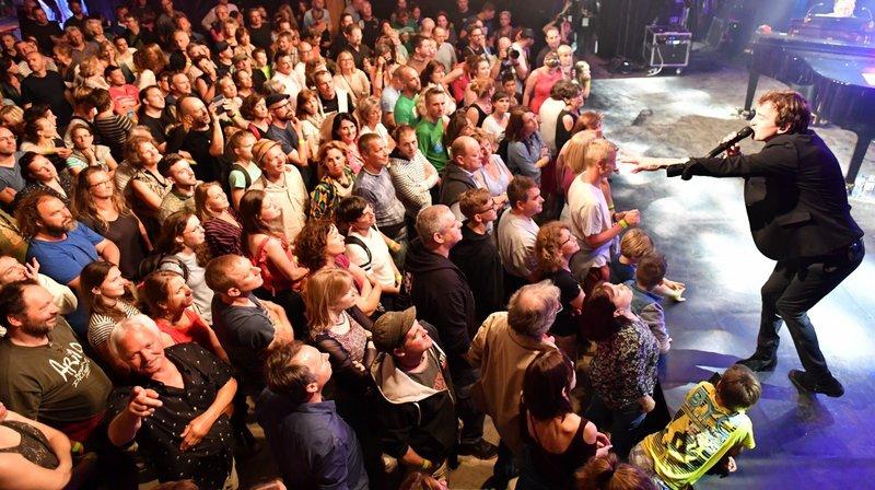 L'offre concerne notamment le Poprock festival à Gilly.