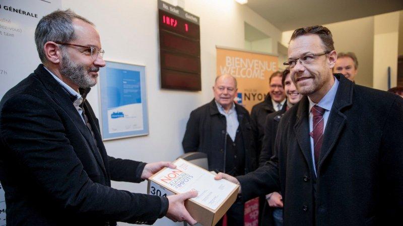 Hausse d'impôt à Nyon: le comité référendaire a obtenu plus de 3000 signatures
