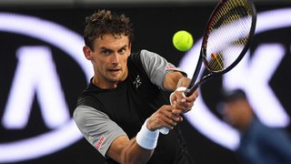 Tennis - Open d'Australie: Henri Laaksonen revient de nulle part avant de s'incliner 3-2 face à l'Australien De Minaur