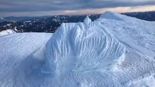 Autriche: un refuge disparaît littéralement sous la neige