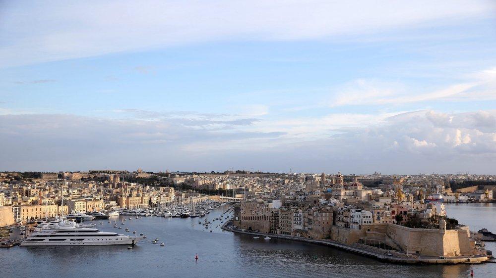 Malte, ici La Valette, et d'autres Etats de l'UE permettent à des gens fortunés d'acquérir la nationalité de leur pays. En contrepartie, ces personnes investissent de grosses sommes dans le pays en question.