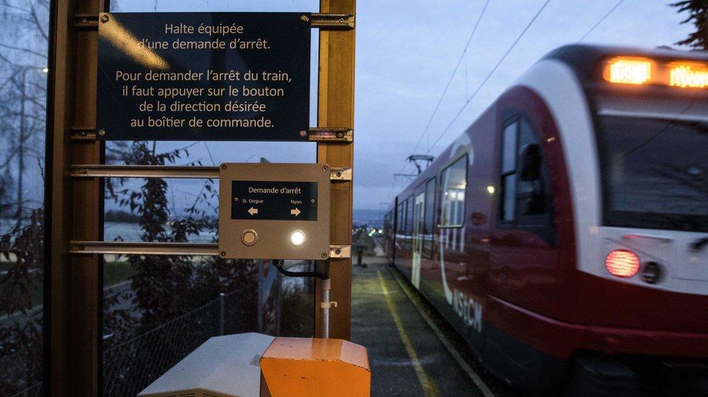 Le bouton d'arrêt sur demande ne reste allumé que sept minutes, comme ici à la Vuarpillière.