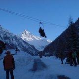 Descente en Tyrolienne au-dessus de la Navizence