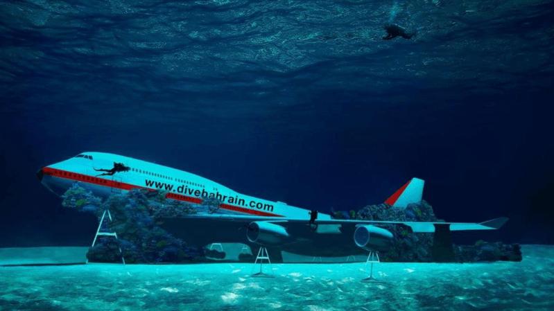 Le Boeing 747 immergé sera l'attraction principale du parc thématique sous-marin que va créer le Bahreïn cet été.