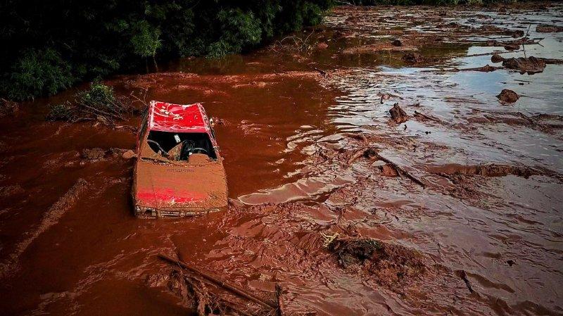 Brésil: la rupture d'un barrage fait au moins 34 morts et près de 300 disparus, crainte d'un lourd bilan
