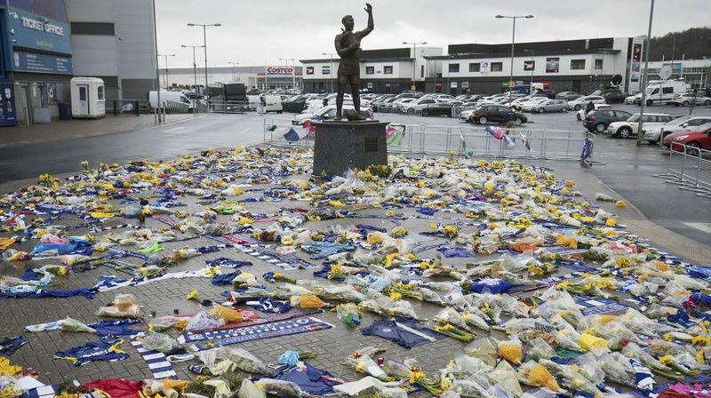 Décès d'Emiliano Sala: le monde du football rend un ultime hommage à l'Argentin sur les réseaux sociaux
